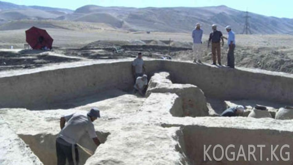 Тажикстанда Кушаниддер доорундагы байыркы шаар табылды