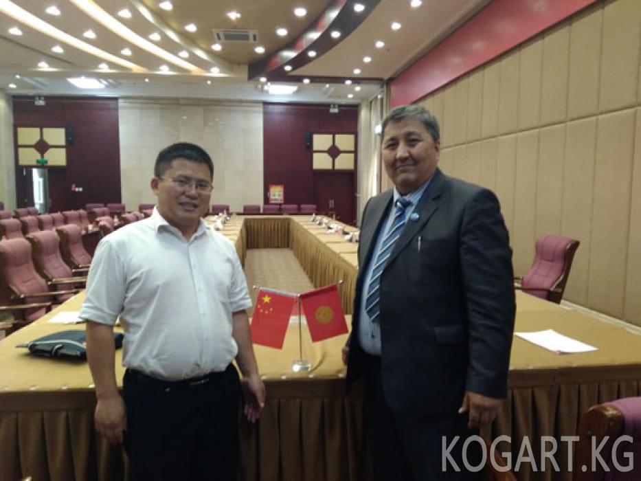 Кытайдагы Кызыл-Суу кыргыздары өнүгүү жолунда (ФОТО)