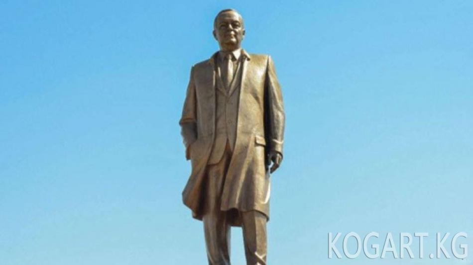Өзбекстан Каримовдун 80 жылдыгын белгилейт