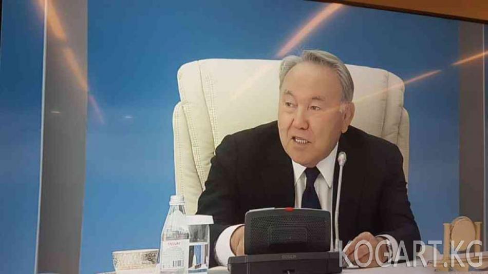 Назарбаев: Ли Куан Юну да автократ деп аташкан