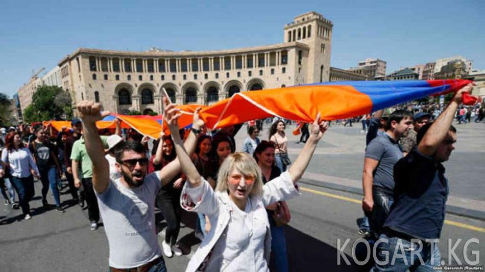 Арменияда премьер-министрди шайлоо 8-майга белгиленди
