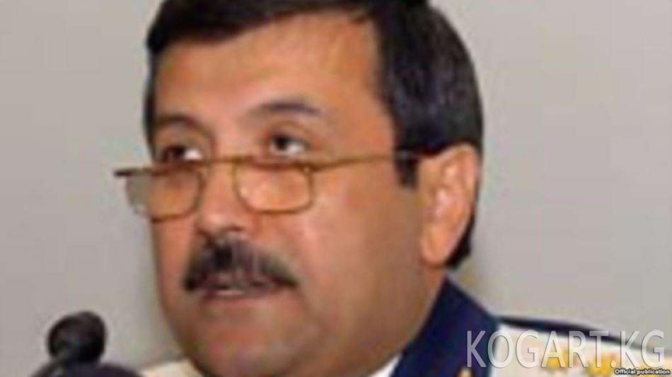 Өзбекстандын мурдагы баш прокурору уулуна каршы көрсөтмө бере баштады