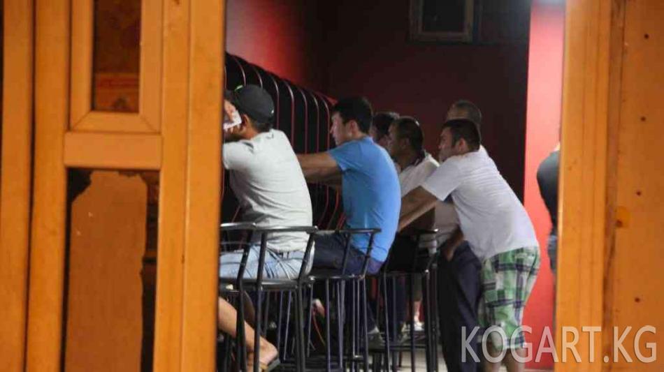 Бишкектеги соода борборлорунун биринде көмүскө оюн-зоок жайы табылды