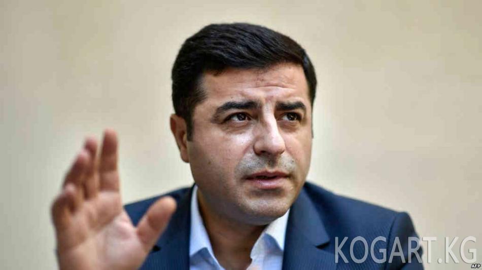 Түркия: президенттикке талапкер түрмөдөн кайрылуу жасады
