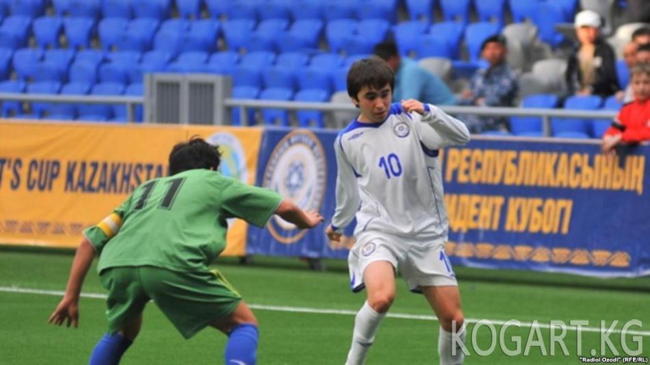 Өзбекстандын мыкты футболчуларынын бири казак клубуна кетти