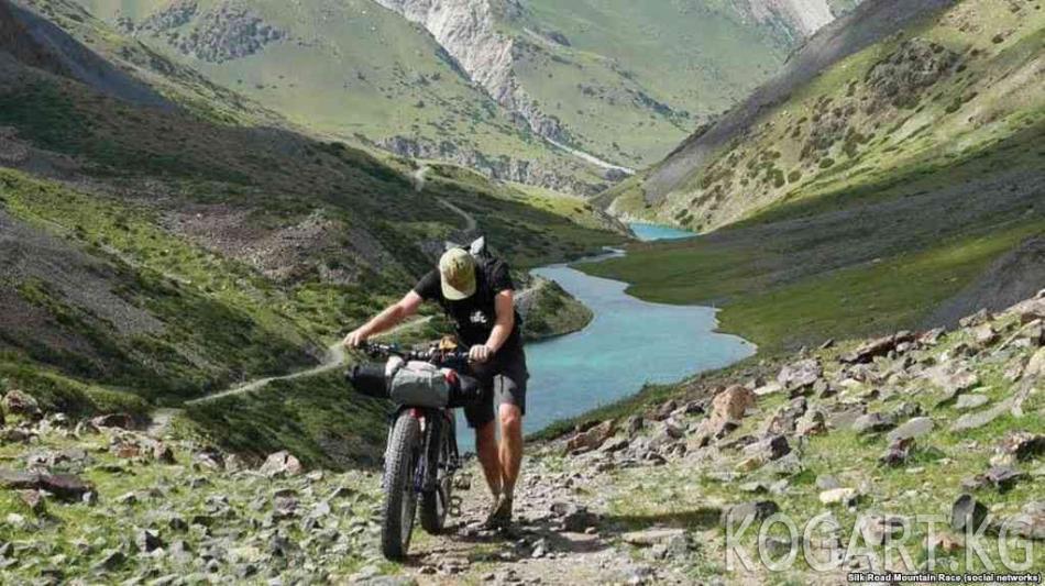 """Кыргызстанда """"Жибек Жолу"""" аттуу эл аралык веложүрүш башталды"""