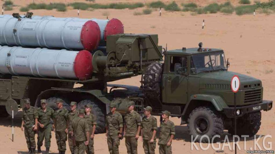 Путин менен Нетаньяху Сирияга С-300 ракеталарын берүү маселесин талкуулашты