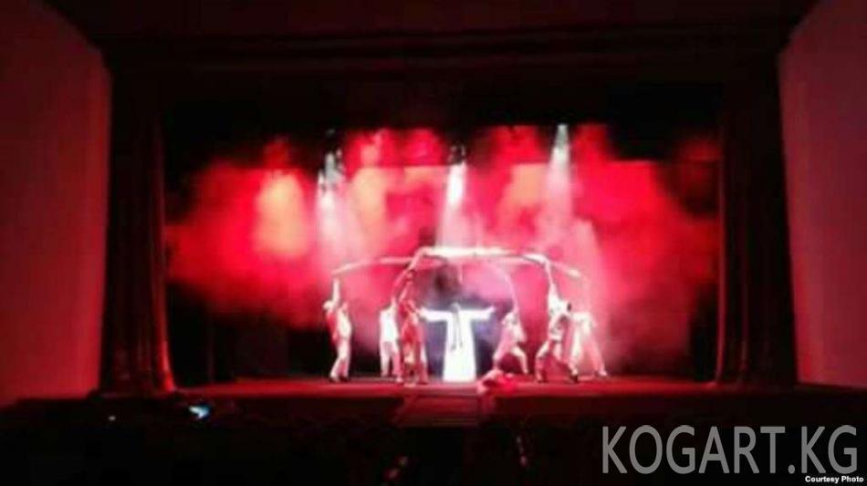 Өзбекстанда спектакль койгон Нарын театры дүйнө шаарларын кыдырууну...