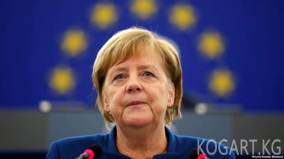 """""""Чек арасыз кабарчылар"""" Меркелди Өзбекстандагы сөз эркиндигине..."""