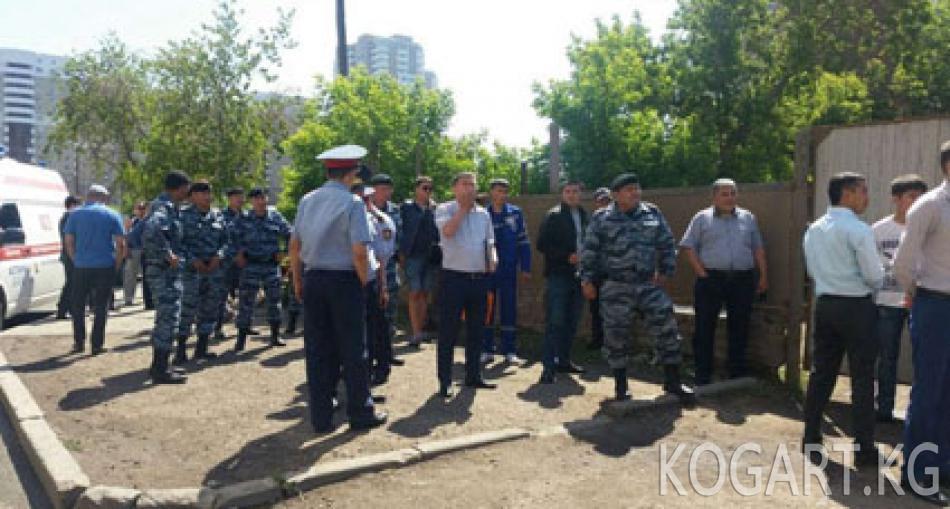 Астанада үйүнөн айрылгысы келбеген жаран газ баллон жардырууга...