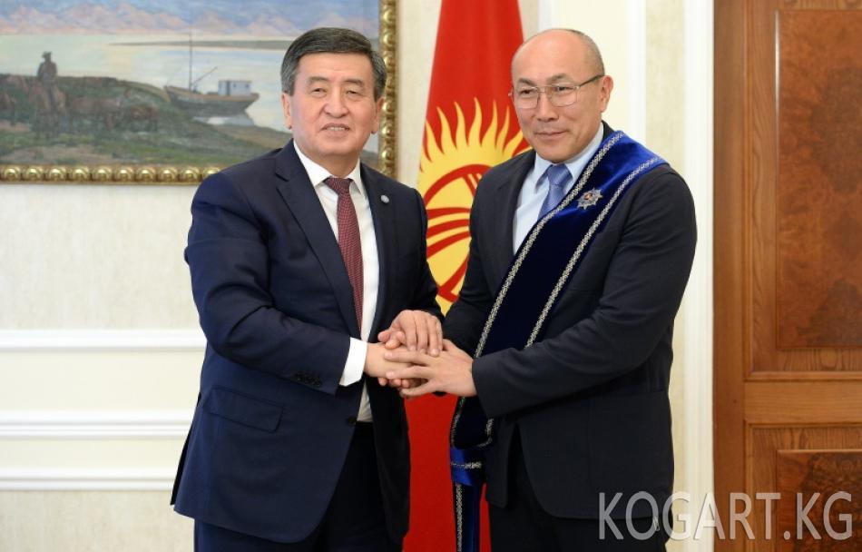 Президент Сооронбай Жээнбеков Олимпиада жана дүйнө чемпиону,...