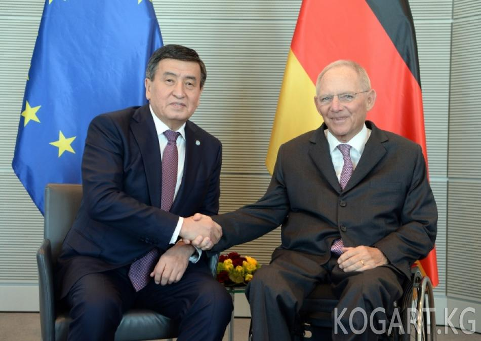 Президент Сооронбай Жээнбеков Бундестагдын төрагасы Вольфганг...