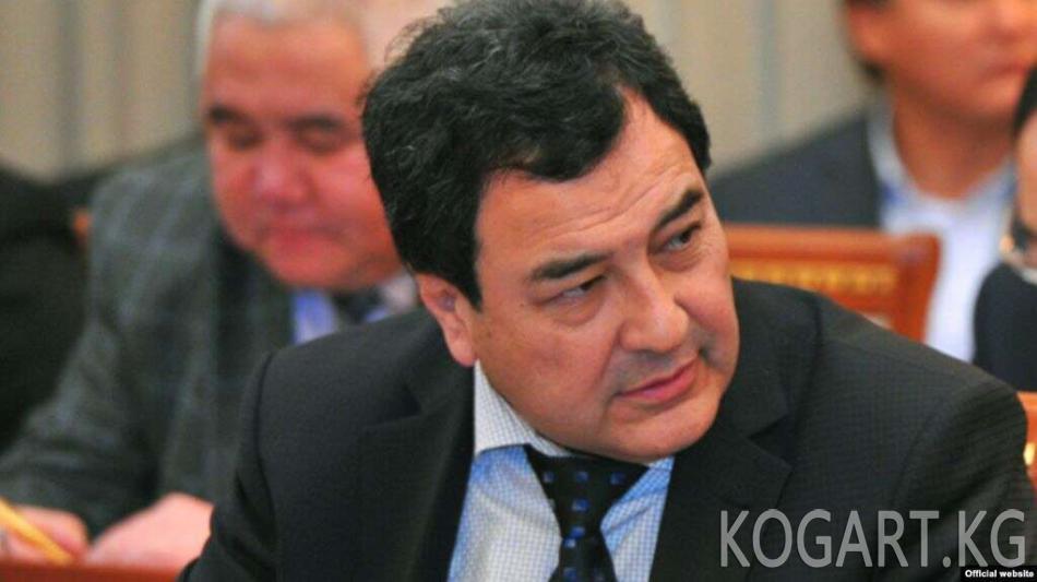 Мурдагы вице-премьер-министр Шамил Атаханов камакка алынды
