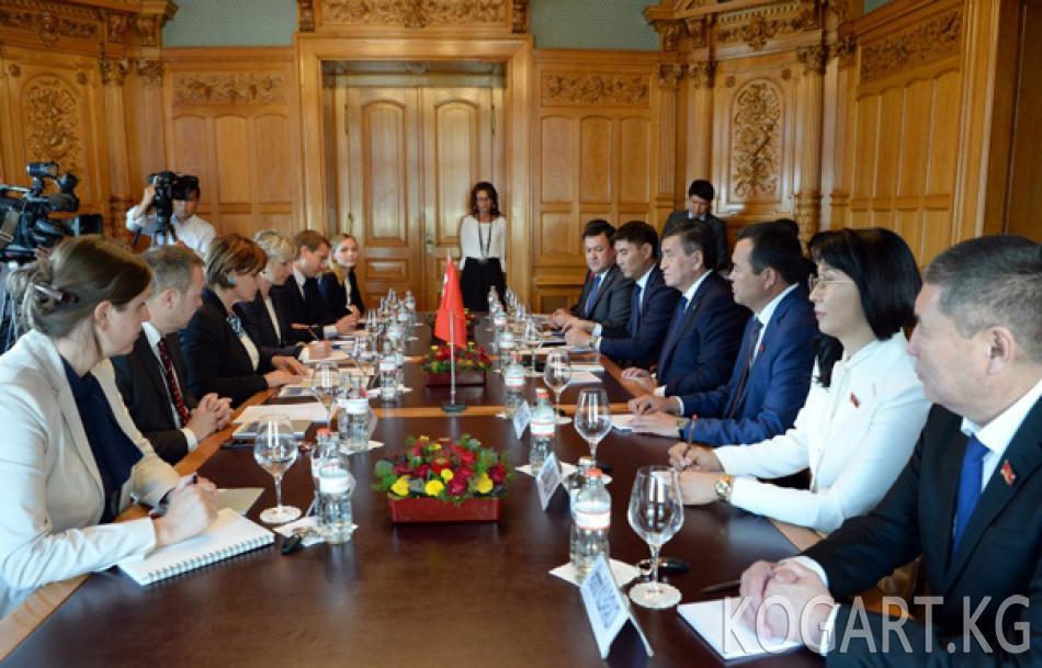 Президент Сооронбай Жээнбеков: Кыргызстандын парламенттик...