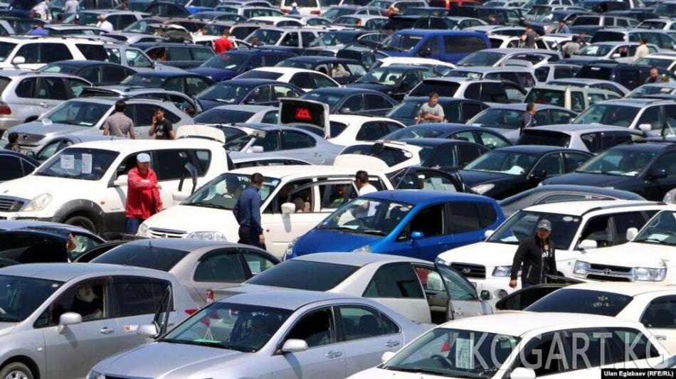 2020-жылдан тарта тыштан ташылган автоунаалардын бажы төлөмү көбөйөт