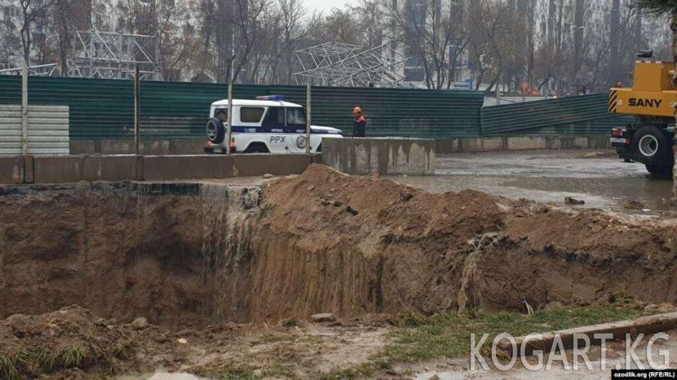 Ташкентте метро курулушундагы кырсыкта алты жумушчу каза болду