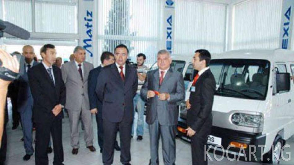 Орус банктары күрөөгө коюлган 17 миң өзбек унаасын камакка алды