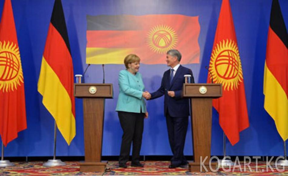 Президент Алмазбек Атамбаев жана Германия Федералдык канцлери Ангела...