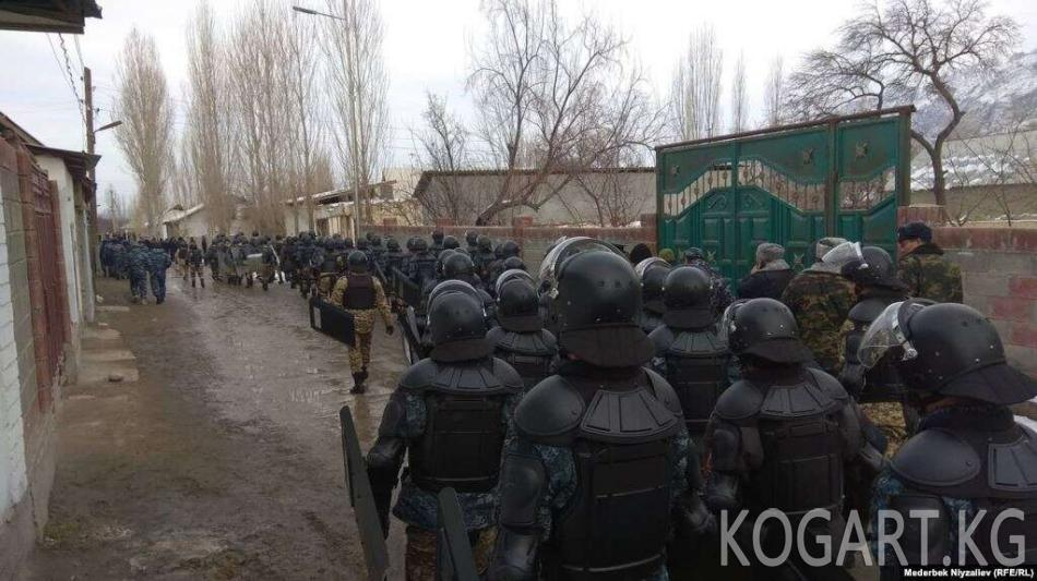 Душанбе: Кыргыз-тажик чек арасында абал оор, бирок көзөмөлдө
