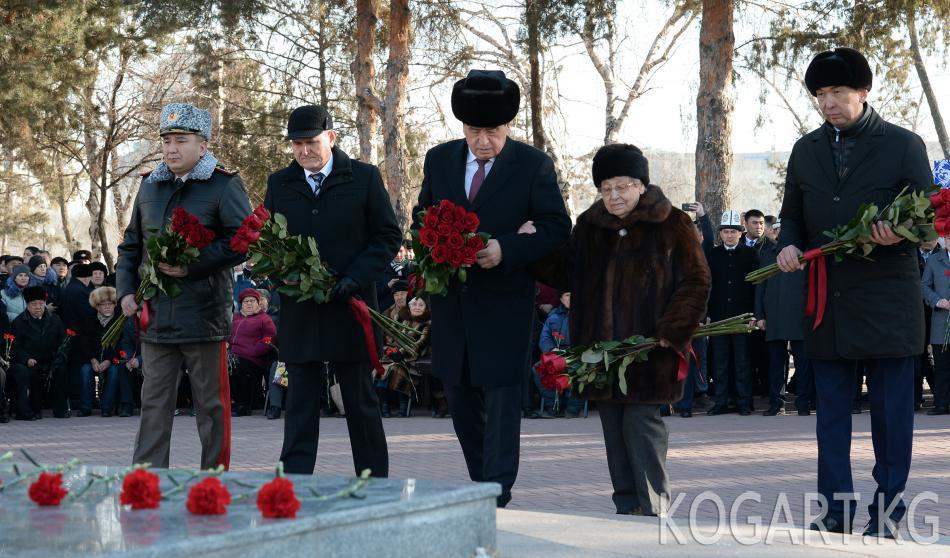 Президент Сооронбай Жээнбеков: Ленинград курчоодон бошотулган күн —...