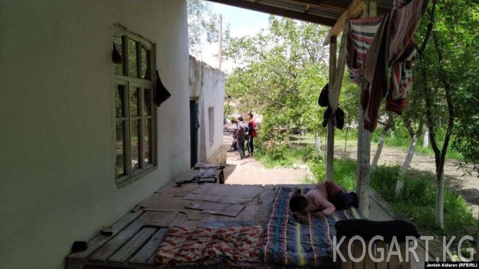 Чек арада өрттөлгөн үй үчүн Кыргызстан төлөйт