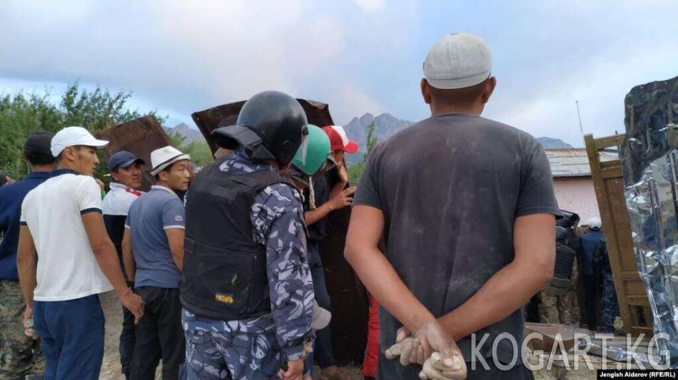 Министрлик: Чечмедеги жаңжалда 25 киши ооруканага кайрылды