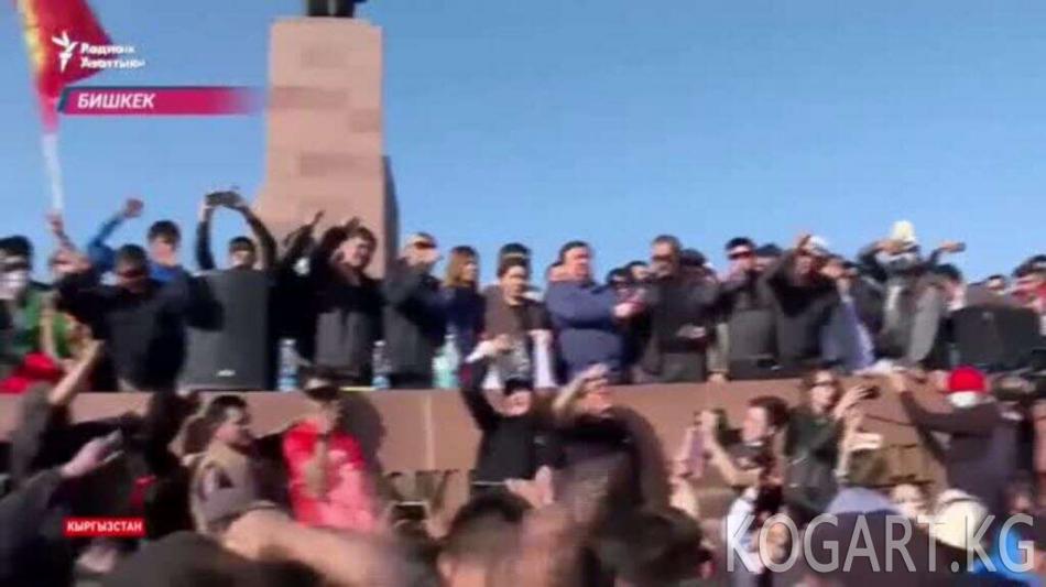 Бишкекте жүздөн ашуун киши ооруканага түштү