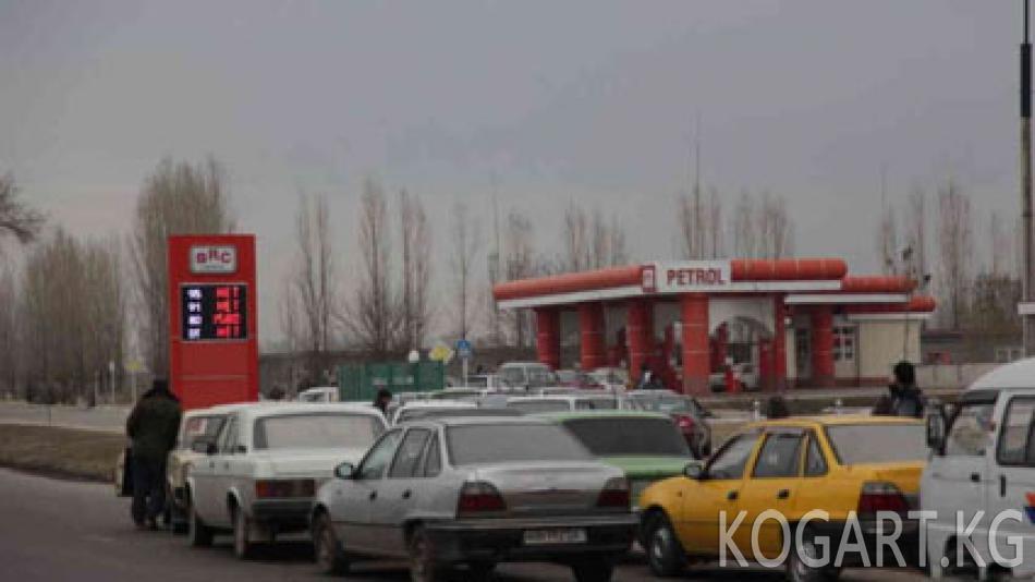 Ташкентте кайрадан бензин тартыш болууда
